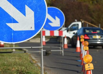 Road Signs at high speed traffic management project